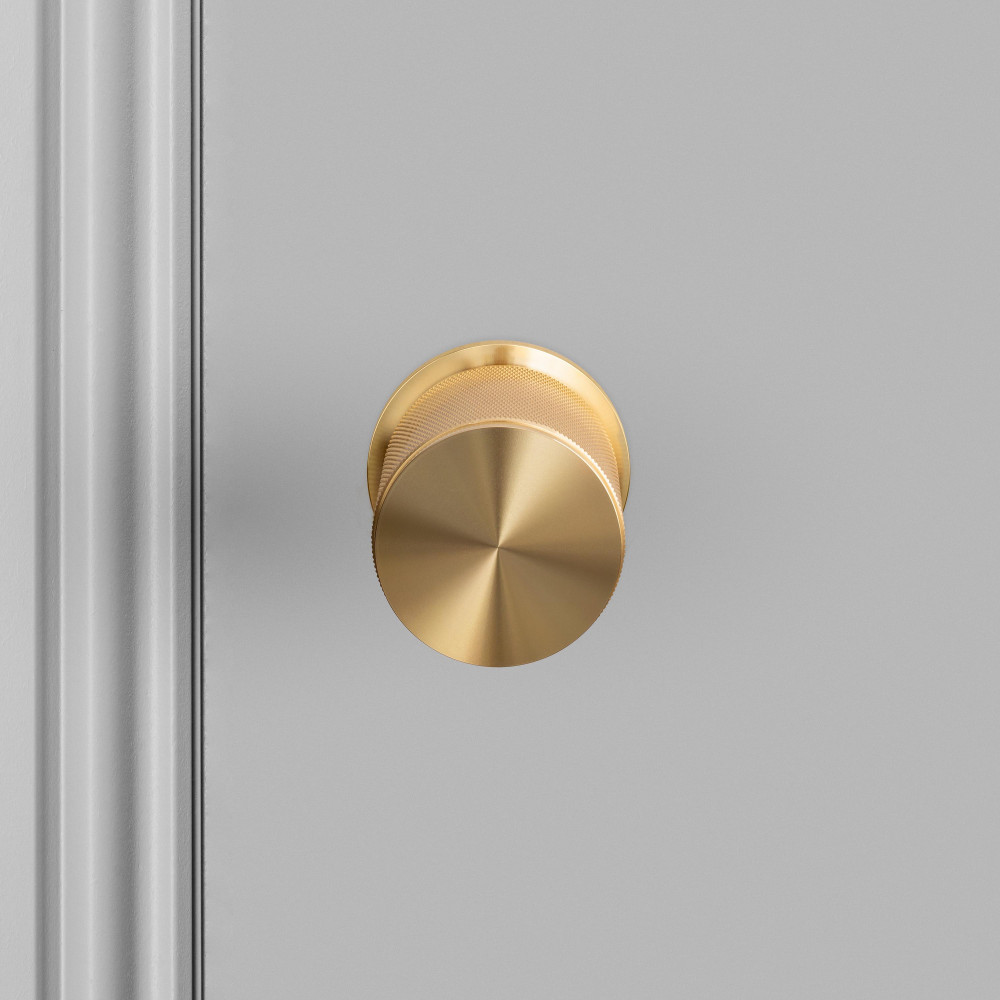 DOOR KNOB / BRASS