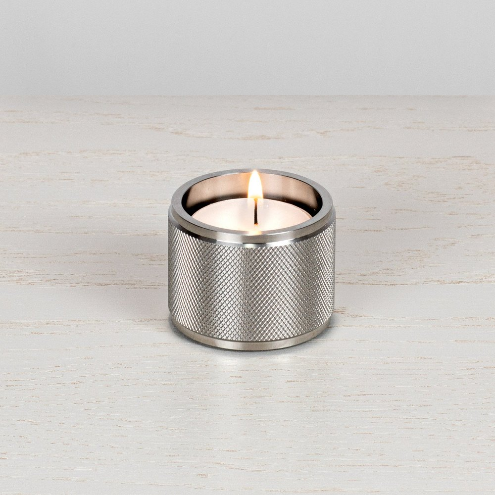 TEALIGHT CANDLE HOLDER / STEEL