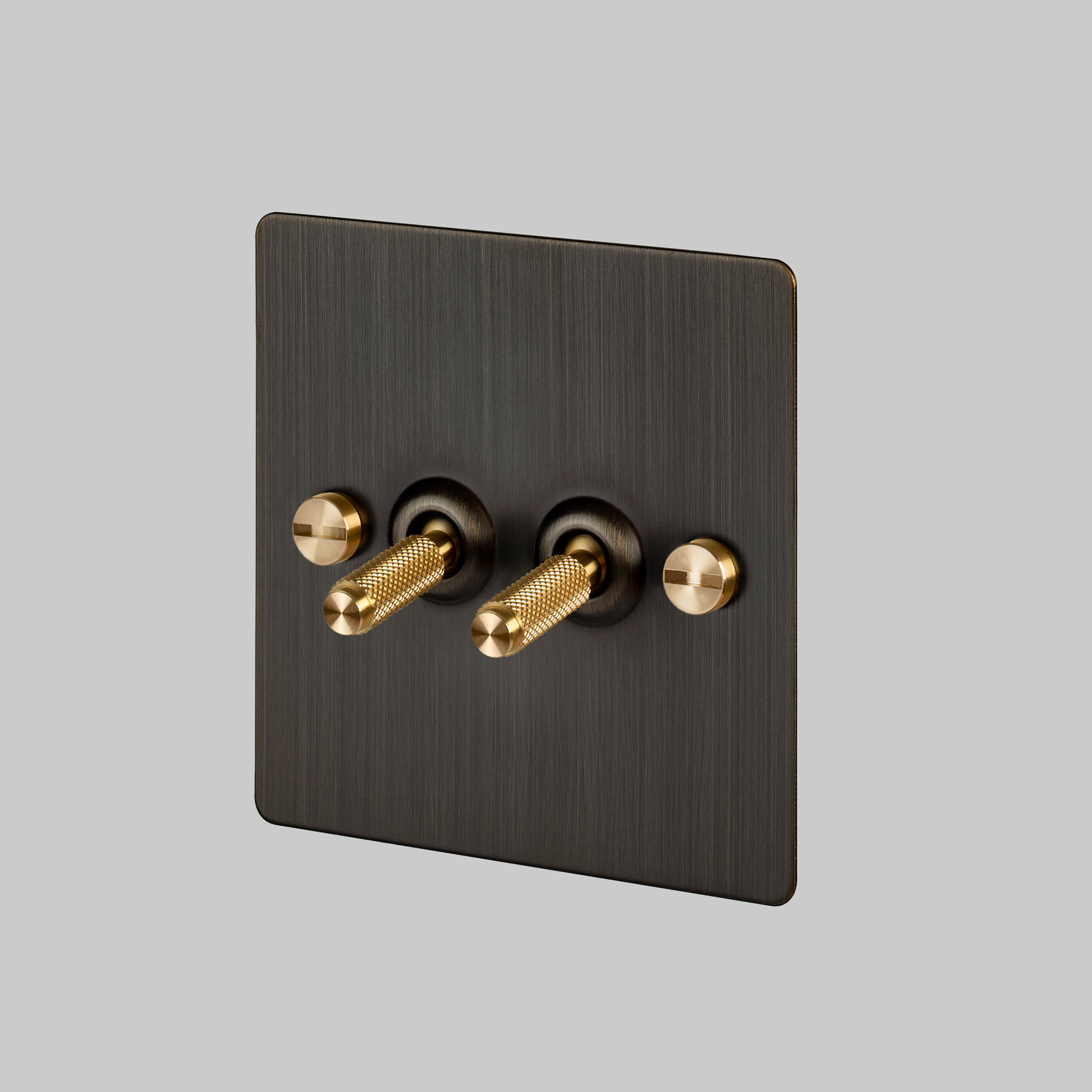 2G TOGGLE SWITCH / SMOKED BRONZE / BRASS