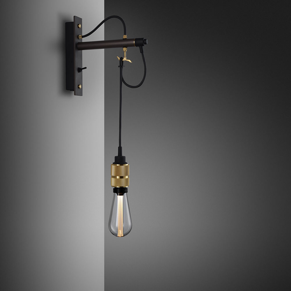 HOOKED WALL / NUDE / GRAPHITE / BRASS