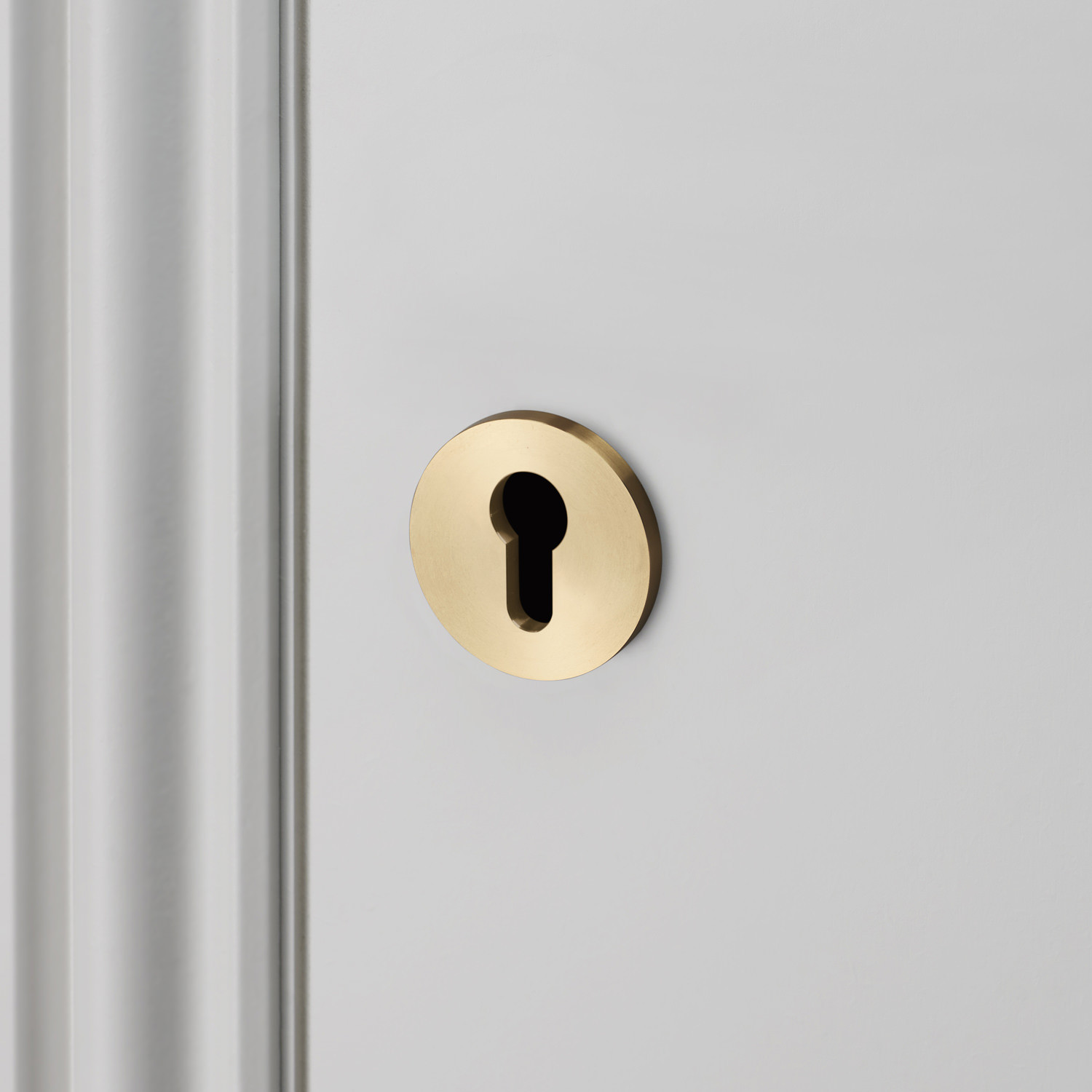 EURO CYLINDER KEY ESCUTCHEON / BRASS