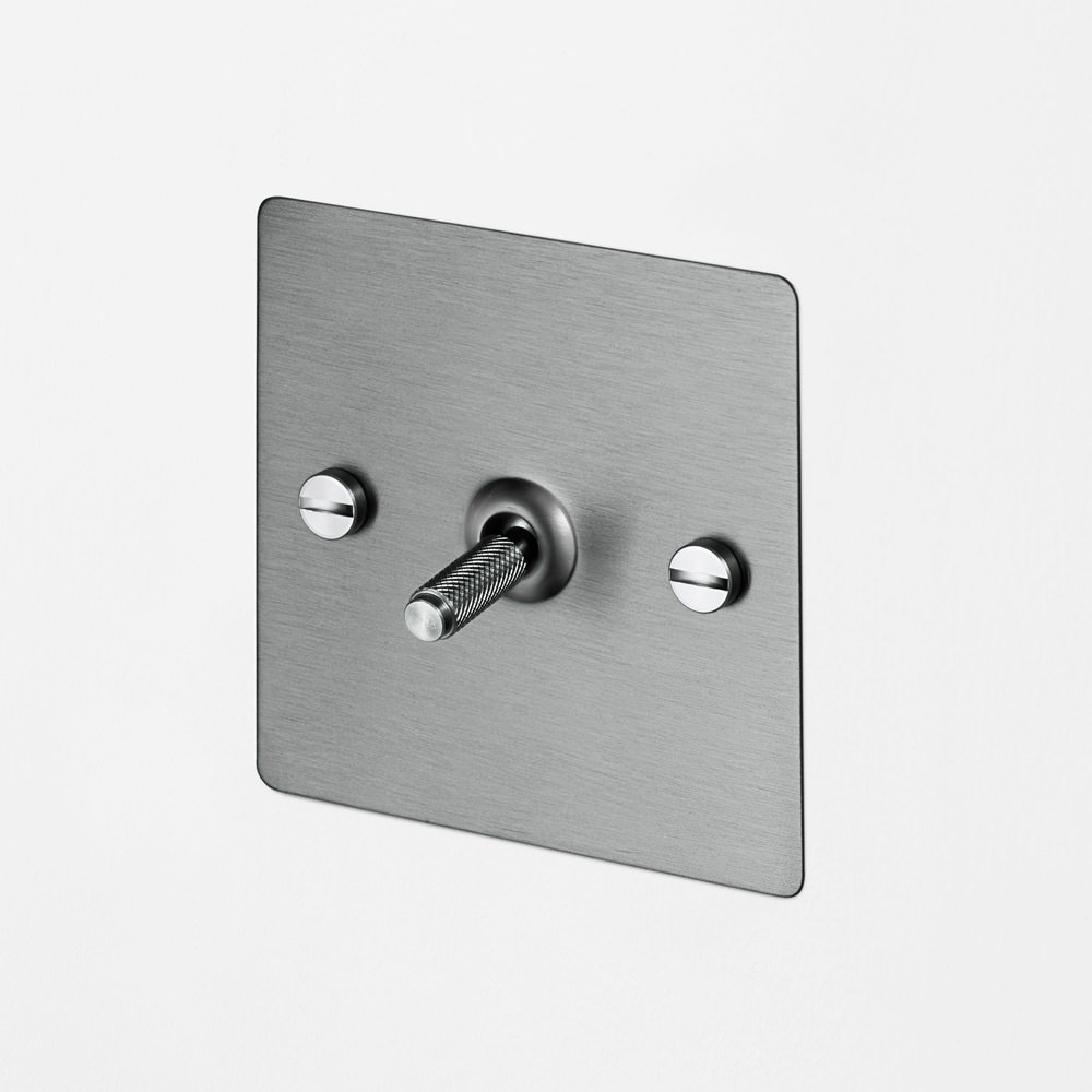 1G INTERMEDIATE TOGGLE SWITCH / STEEL