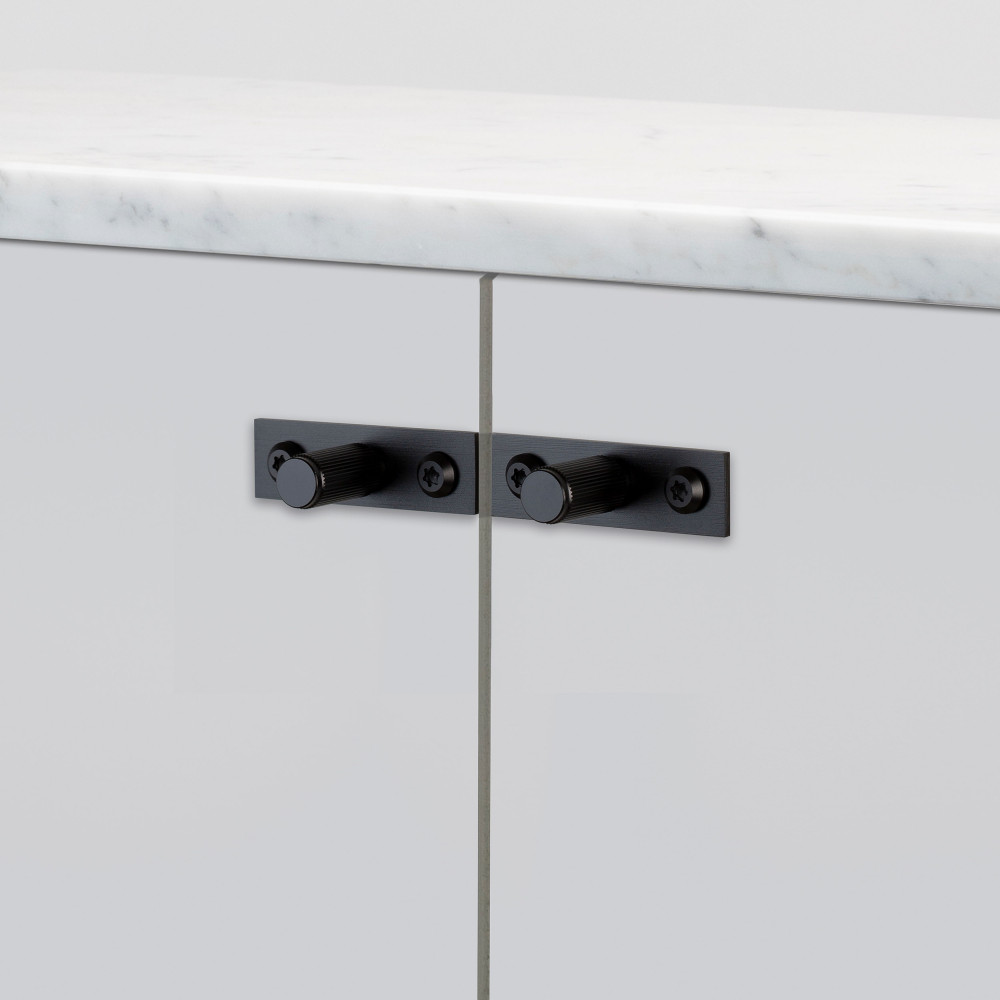 FURNITURE KNOB / PLATE / LINEAR / BLACK