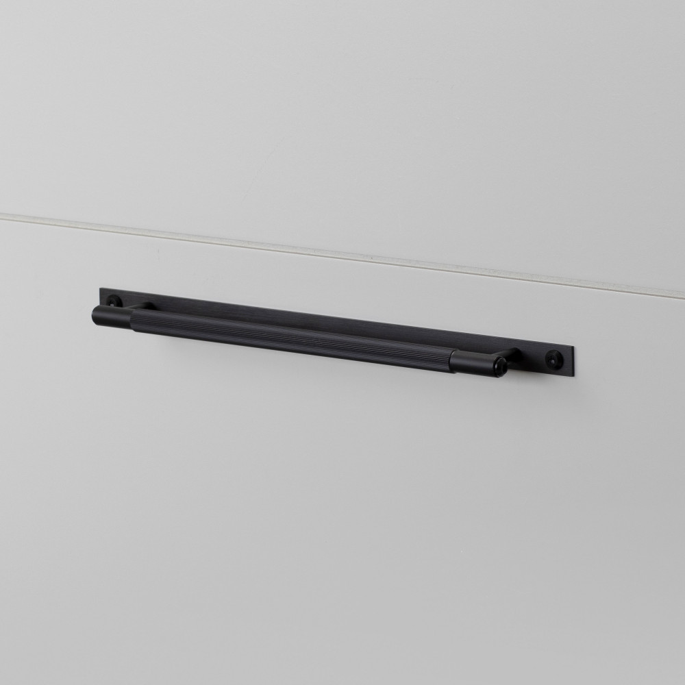 PULL BAR / PLATE / LINEAR / BLACK