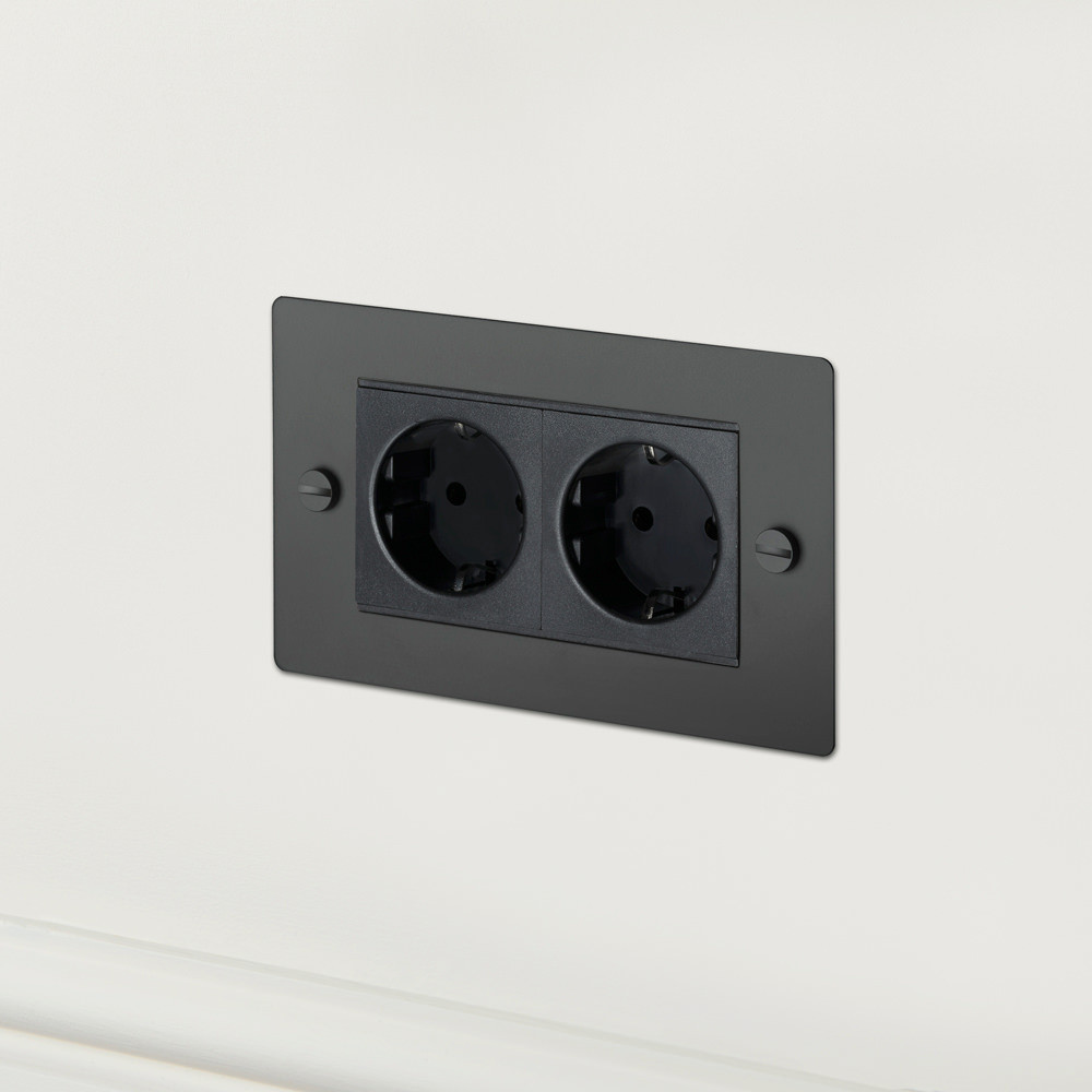 2G EURO SOCKET / BLACK