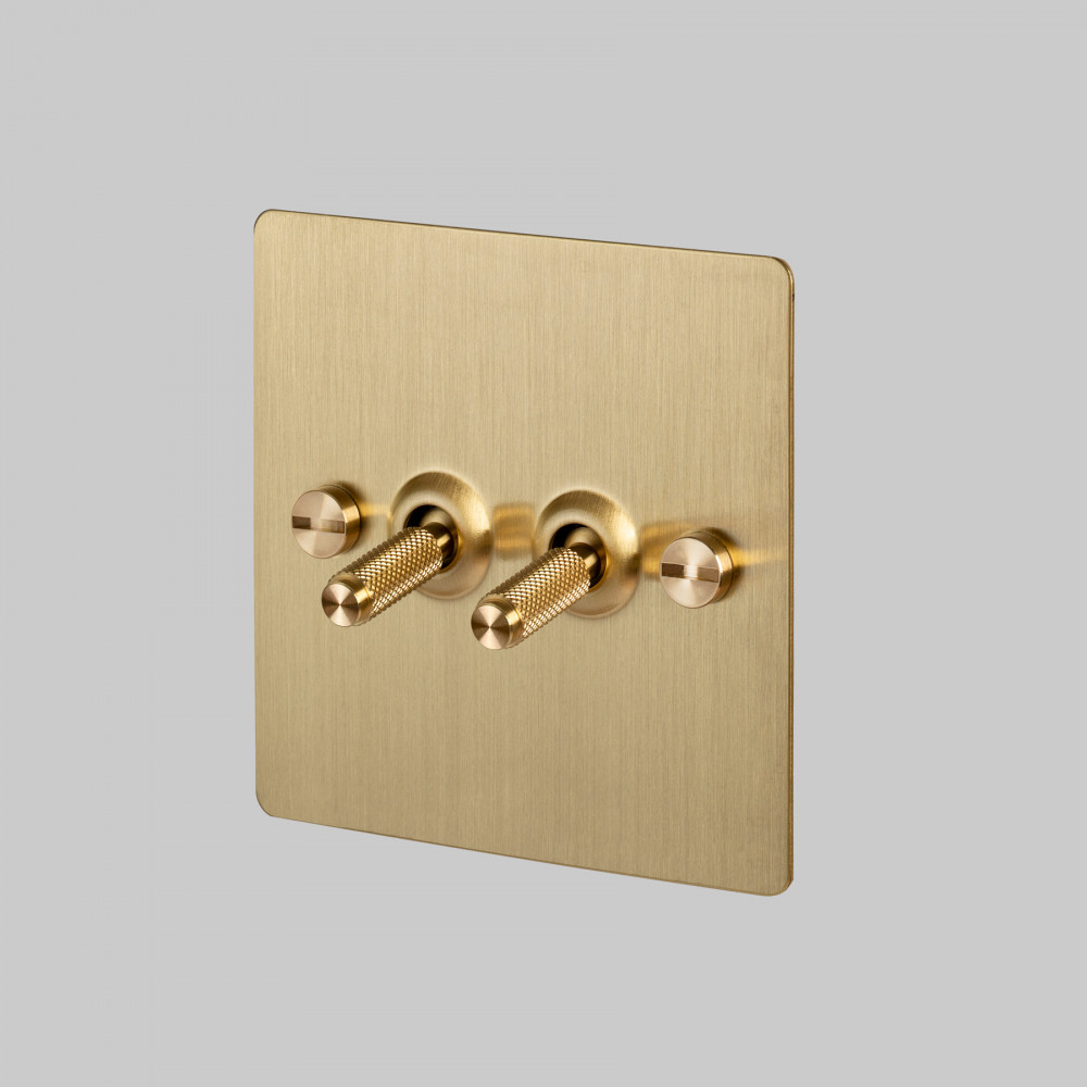 2G TOGGLE SWITCH / BRASS