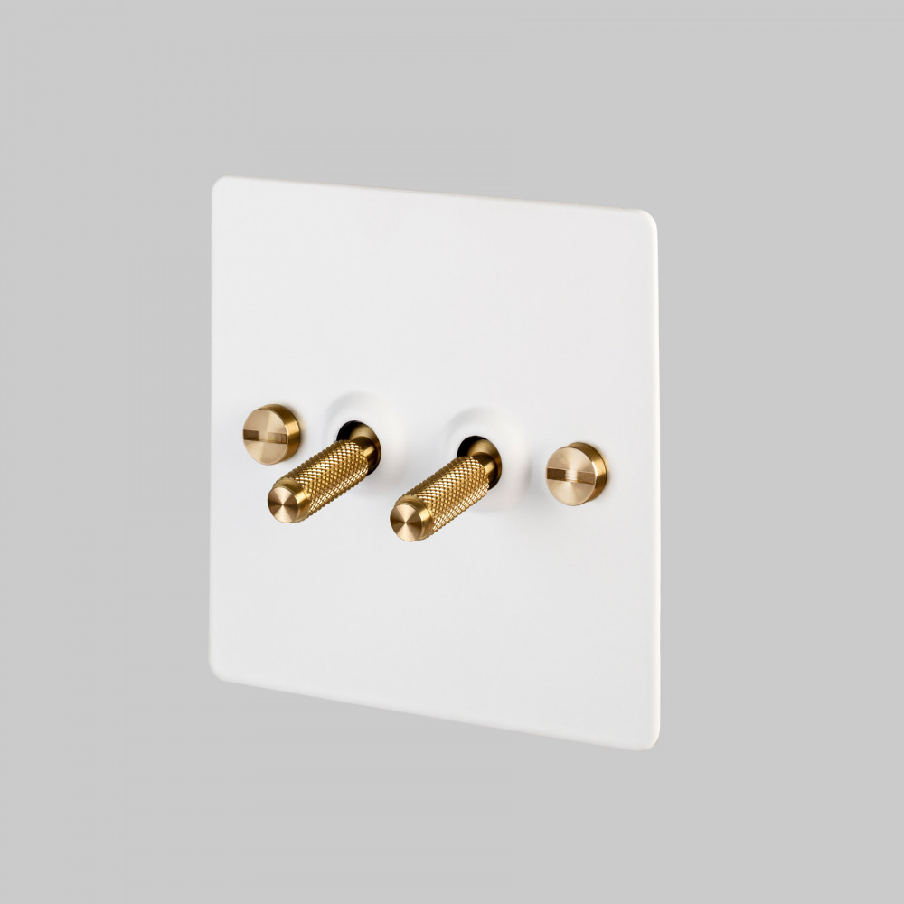 2G TOGGLE SWITCH / WHITE / BRASS