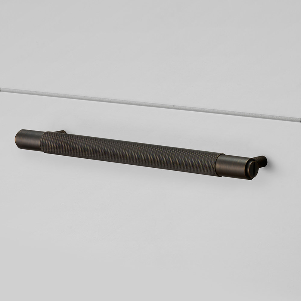 PULL BAR / SMOKED BRONZE