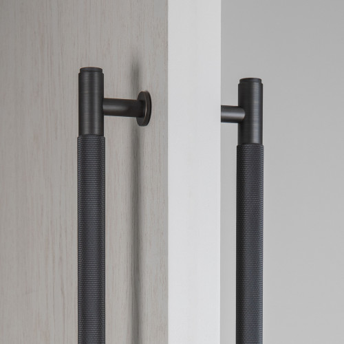 PULL BAR / DOUBLE-SIDED / SMOKED BRONZE