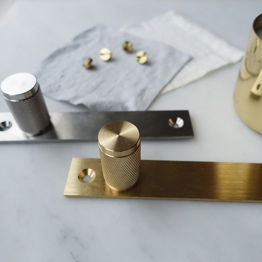 FURNITUE KNOB / plate / steel & brass