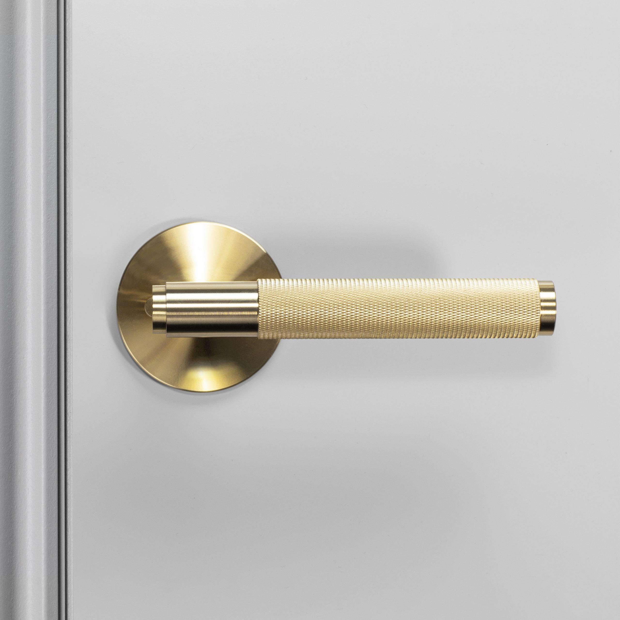 2. Door_Handle_Front_Privacy_Brass