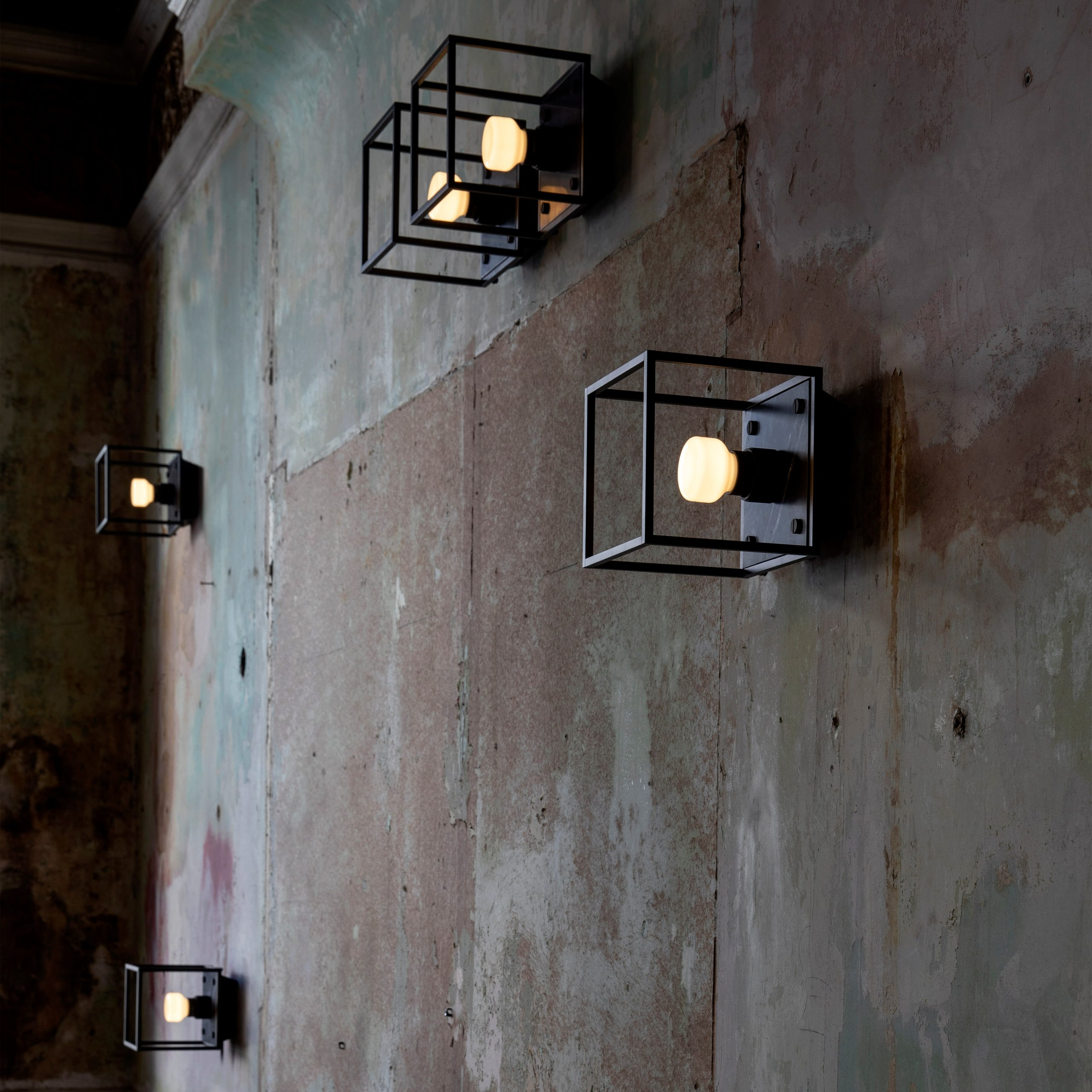 5.Buster+Punch_Caged_Wall_Small_Black_Marble_Lifestyle_3