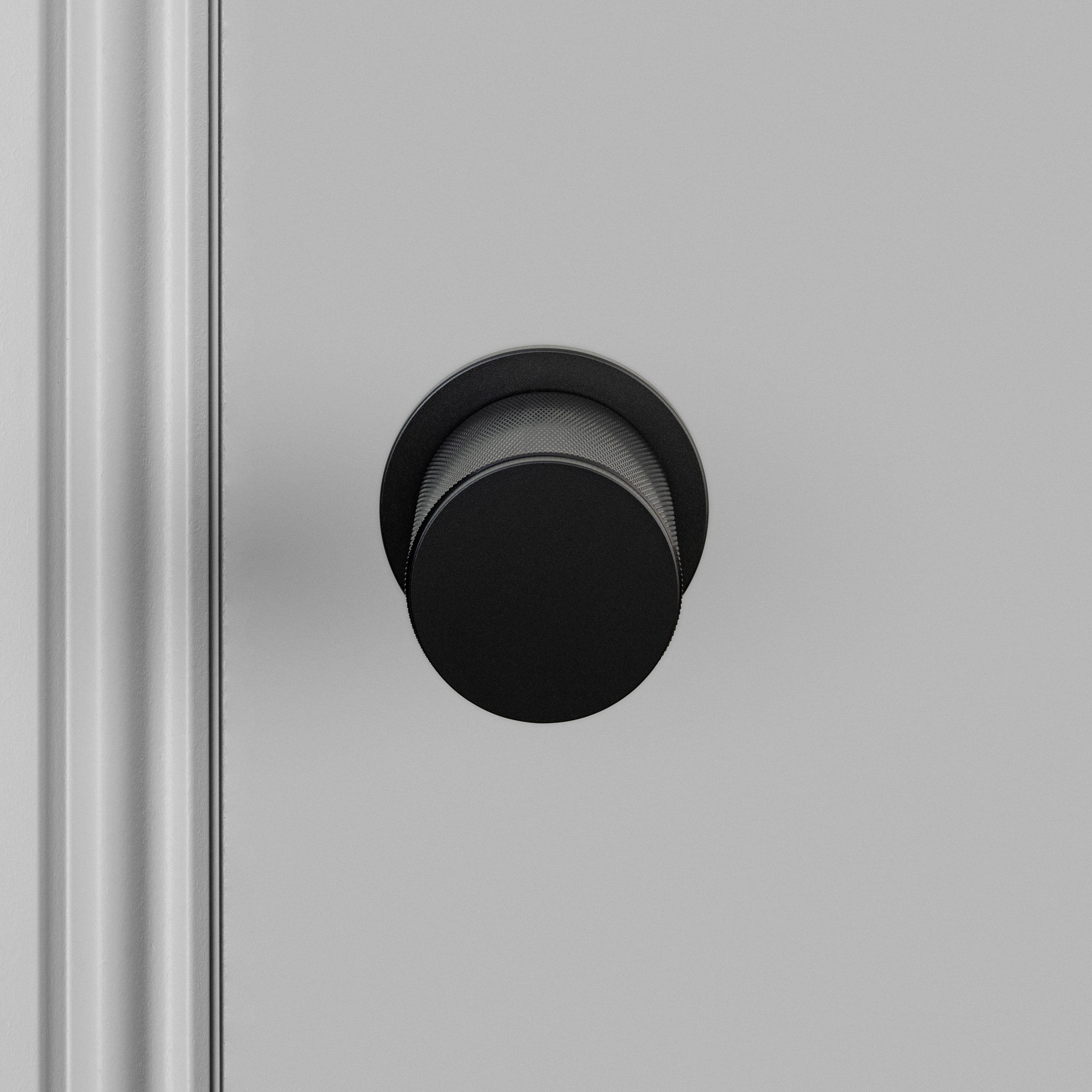 2. Door_Knob_A2_black_US