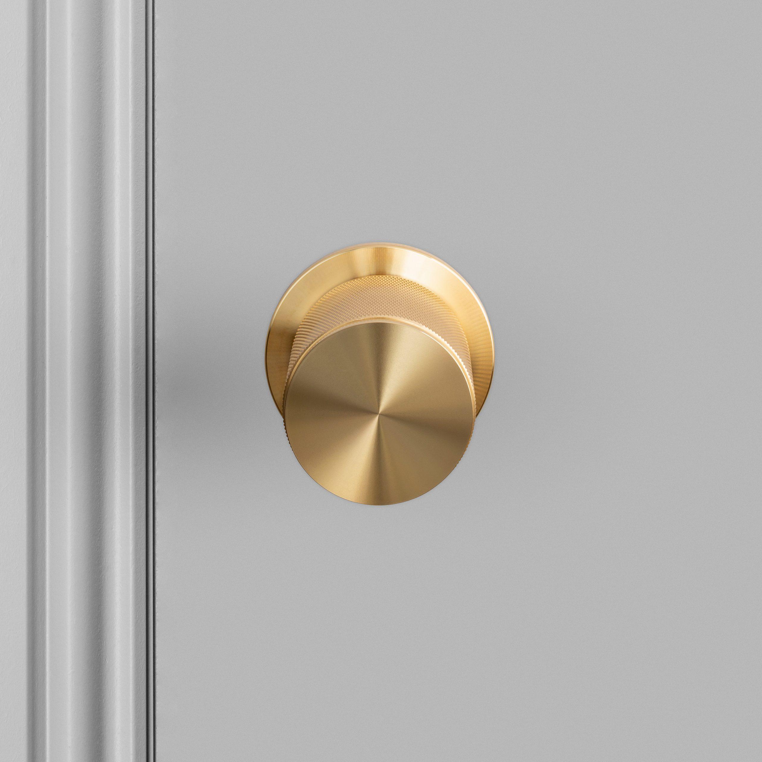 2. Door_Knob_A2_brass_US