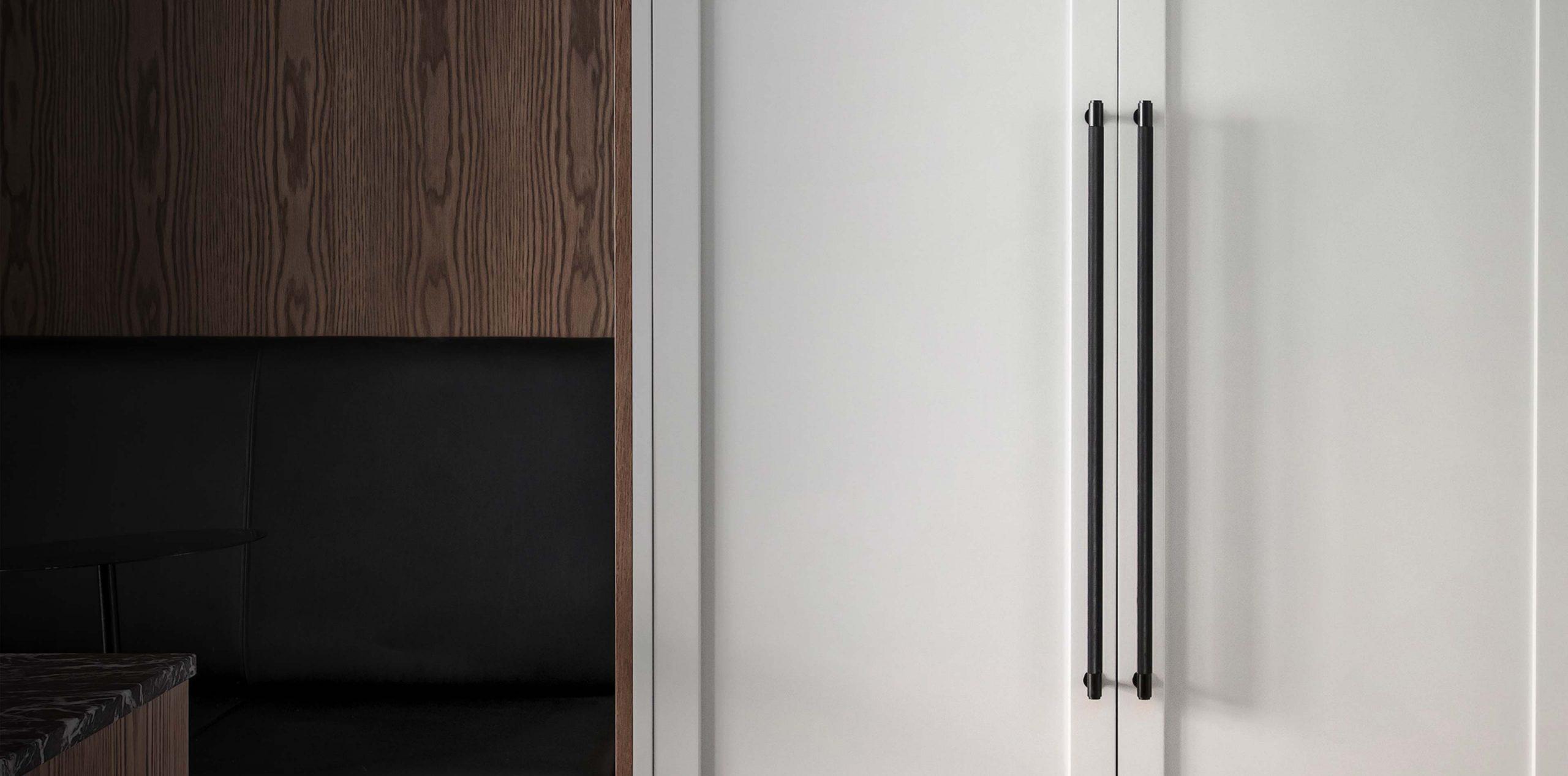 closet bars