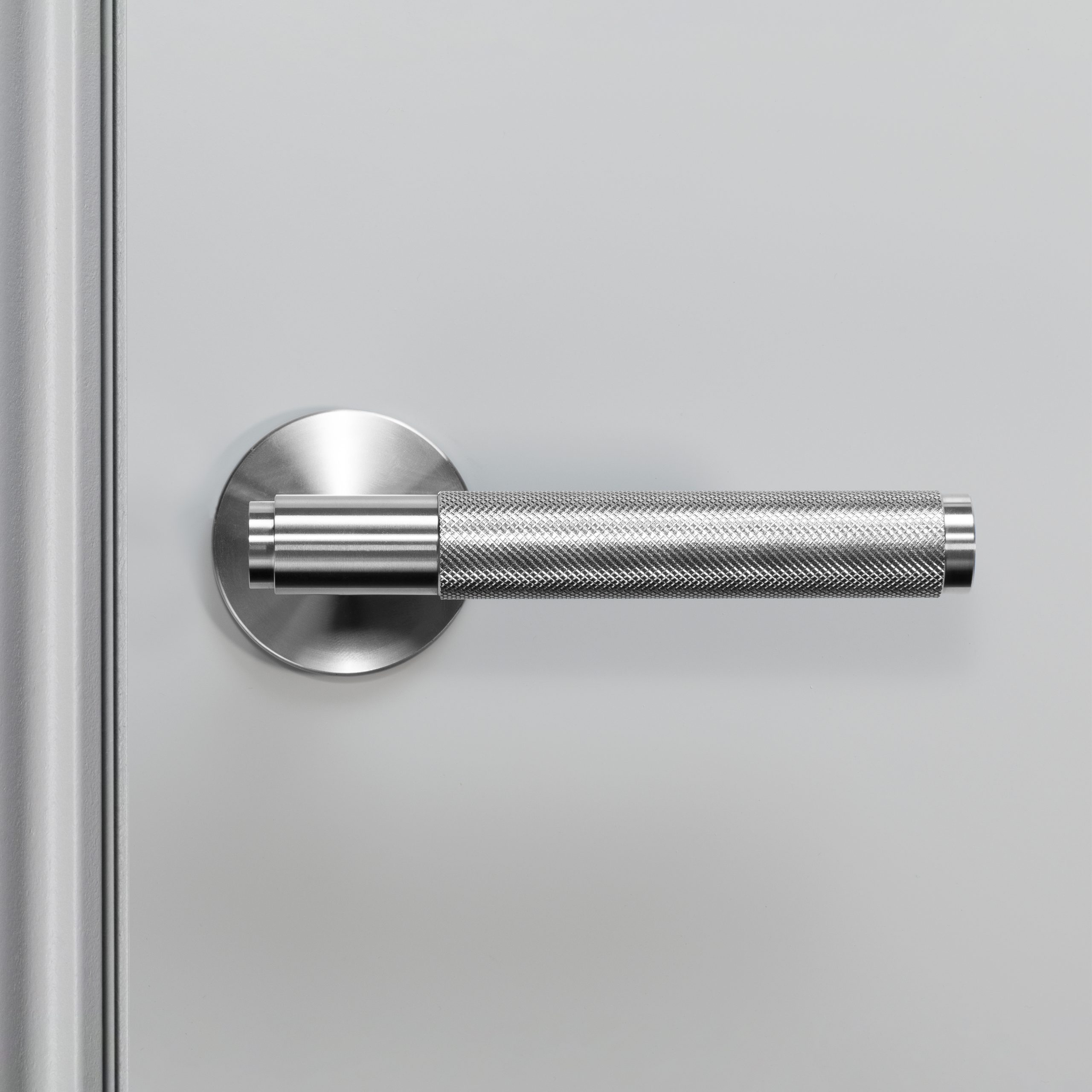 2. Buster+Punch_Door_Handle_Front_Fixed_Steel
