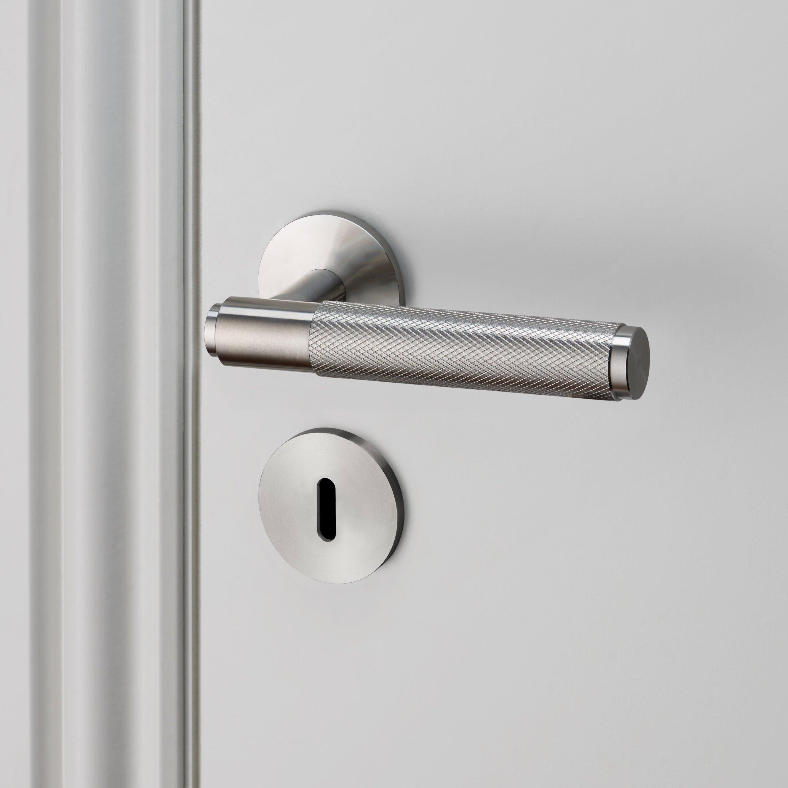 Buster-&-Punch_door_lever_ukescutcheon_steel_high_res