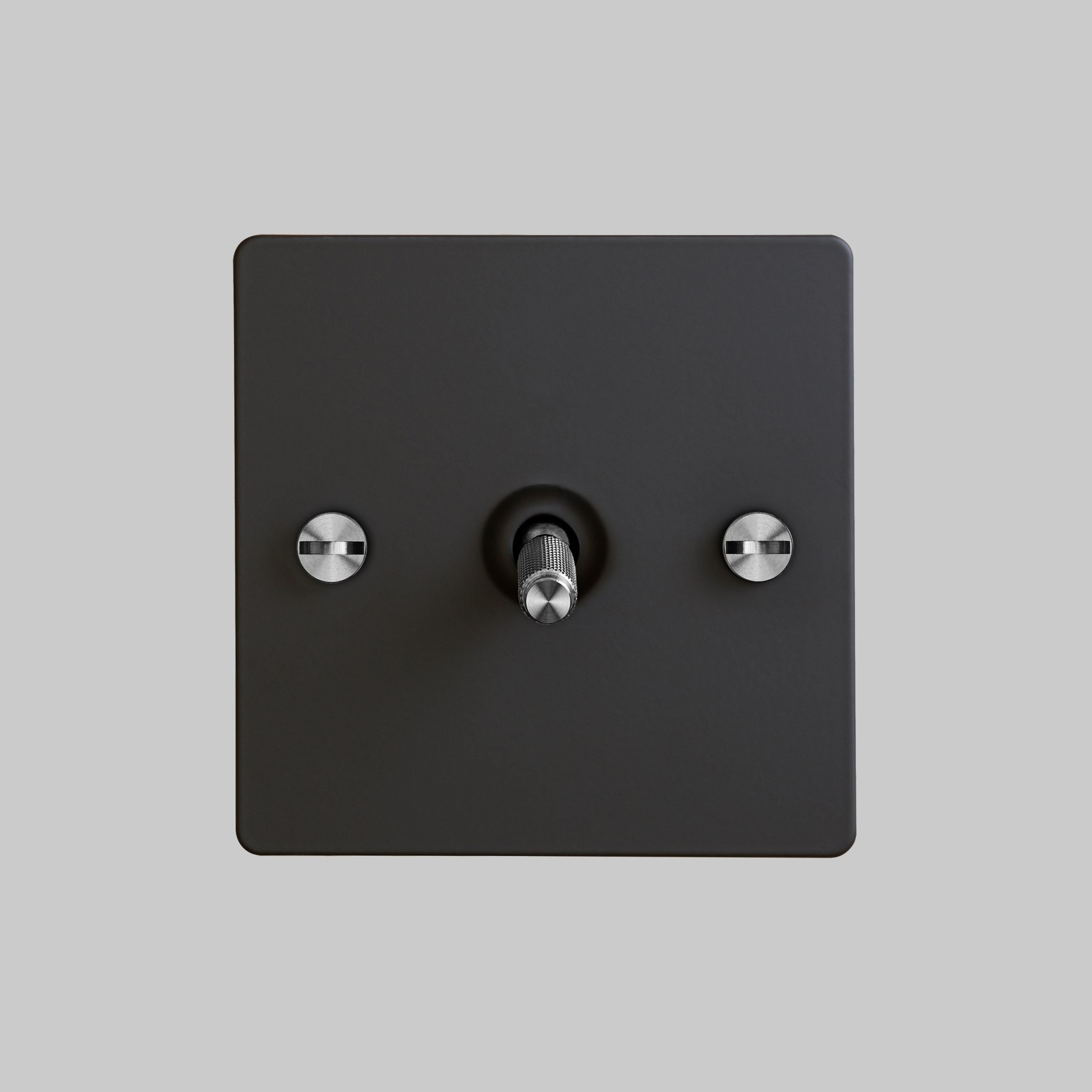 2. 1G_Toggle_Front_Black_Steel