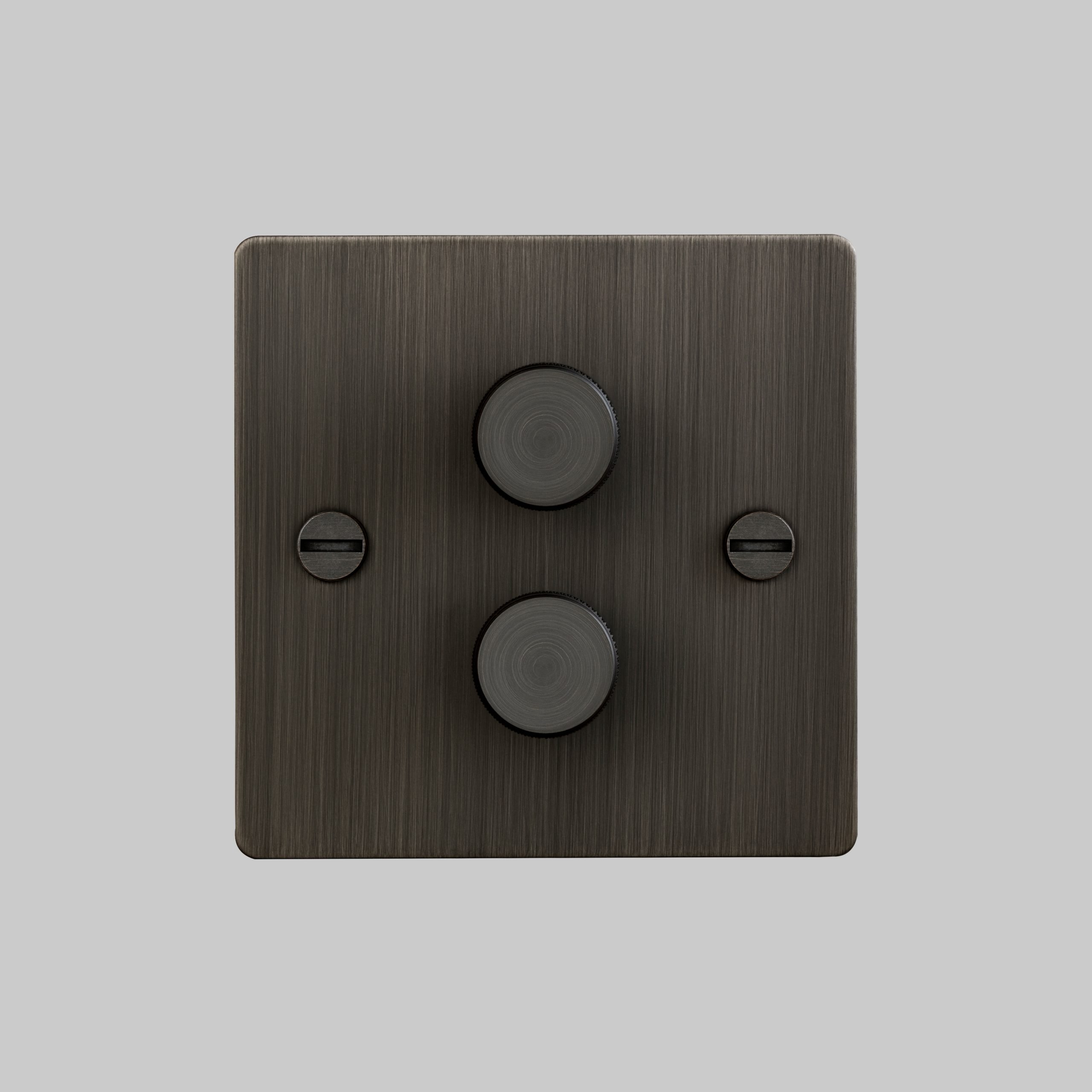 2. 2G_Dimmer_Front_Smoked_Bronze